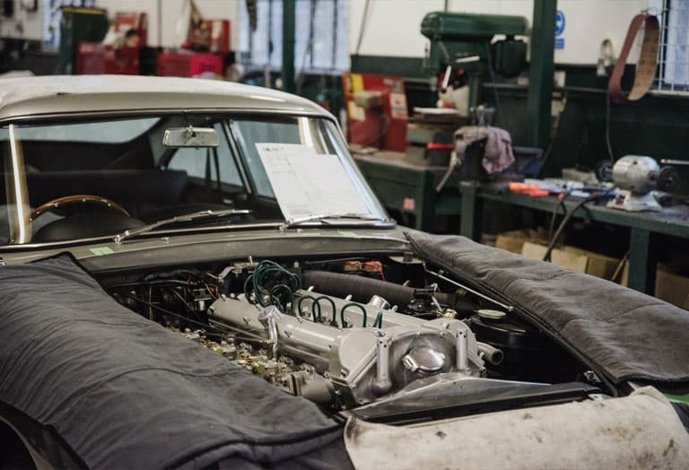 Converting An Aston Martin DB5 To A DB5 Vantage